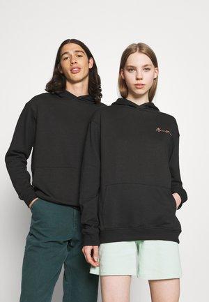 ESSENTIAL REGULAR HOODIE UNISEX - Sweatshirt - black