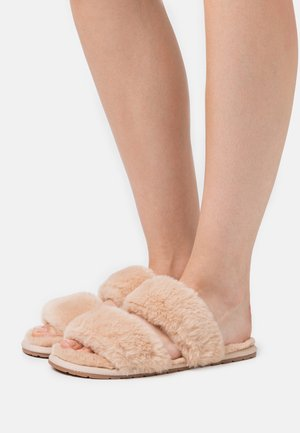 Slippers - beige