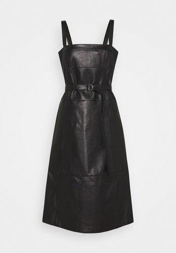 LIGHTWEIGHT BELTED DRESS - Day dress - black