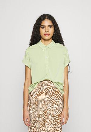 MAJAN SHIRT - Button-down blouse - tarragon
