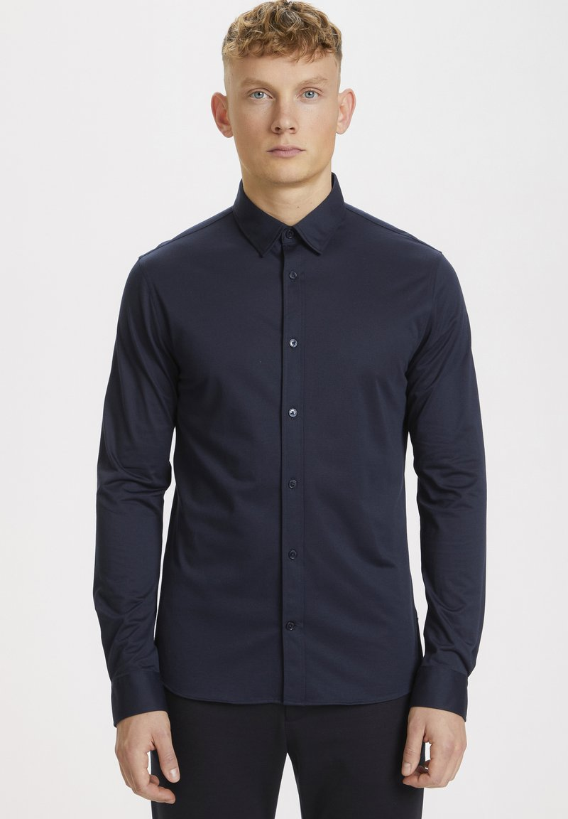 Matinique - MATROSTOL - Formal shirt - dark navy