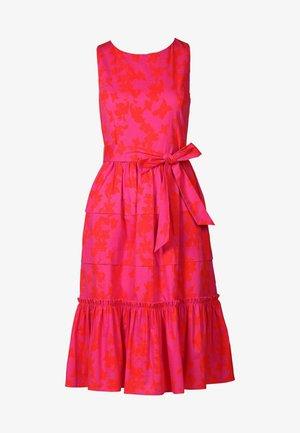 Robe d'été - pink orangerot