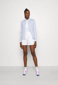Nike Golf - Zip-up sweatshirt - ghost/white - 1