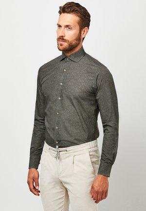 SLIM FIT  - Formal shirt - green