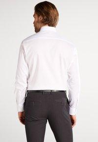Eterna - Zakelijk overhemd - white - 1