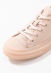 Carmela - Sneakers laag - nude - 3