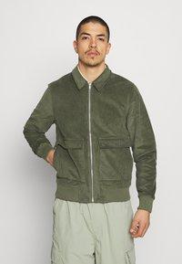 REVOLUTION - Summer jacket - army - 0