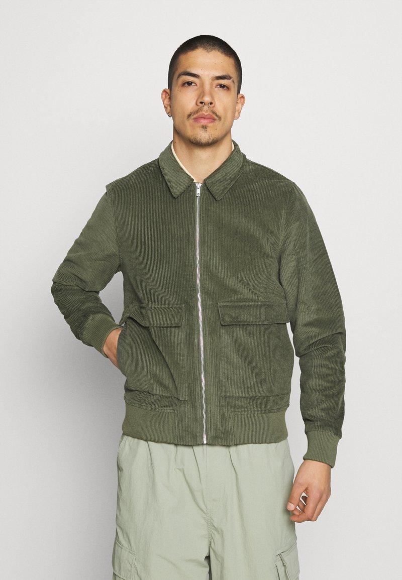 REVOLUTION - Summer jacket - army