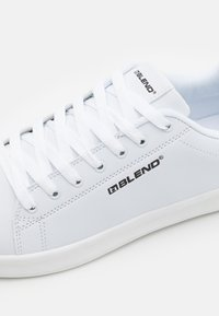 Blend - Sneakersy niskie - bright white - 5
