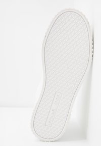 MICHAEL Michael Kors - GERTIE TOP - High-top trainers - optic white - 6