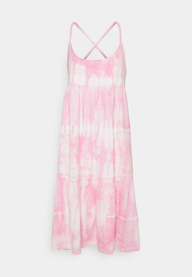 STRAPPY TIERED MIDI - Jersey dress - pink tie dye
