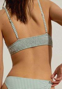 OYSHO - Bikini top - green - 4