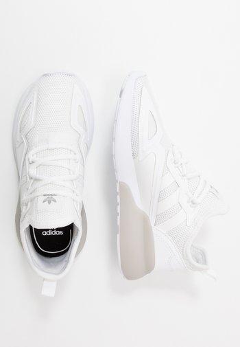 ZX - Zapatillas - footwear white/grey two