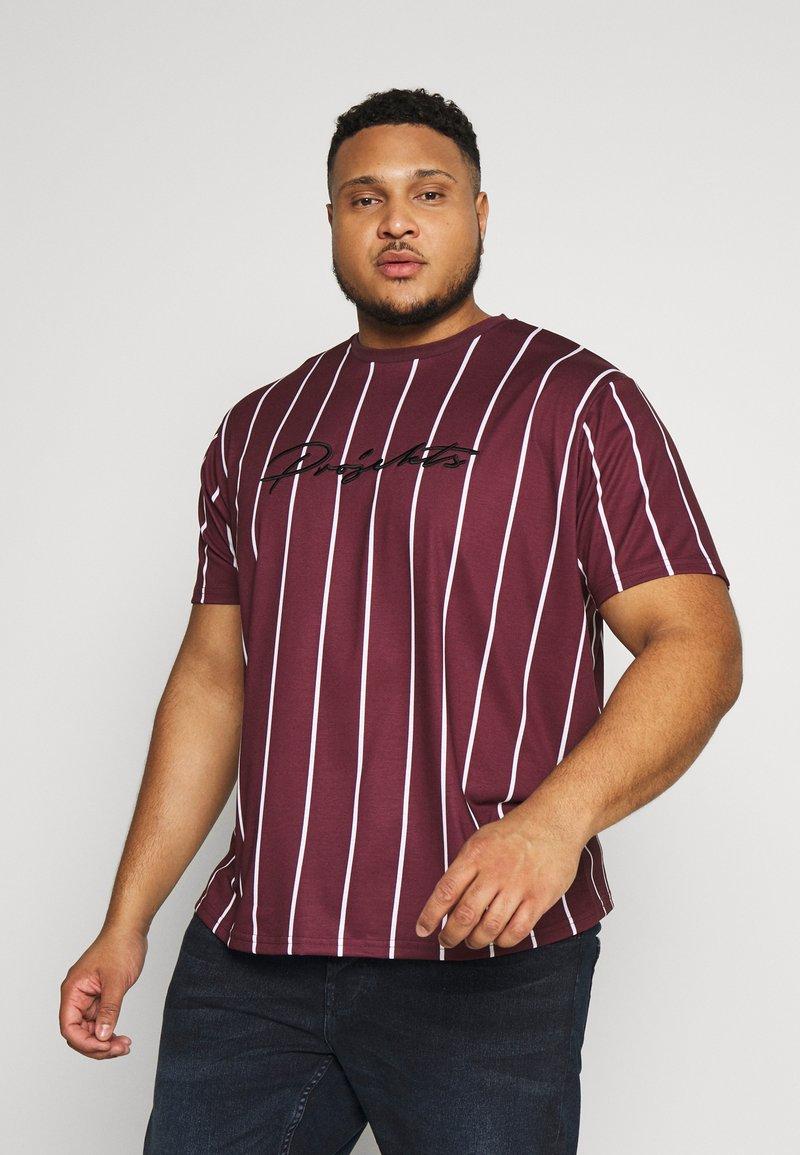 Projekts NYC - HARROW SIGNATURE IN CAMO - T-shirt con stampa - burgundy