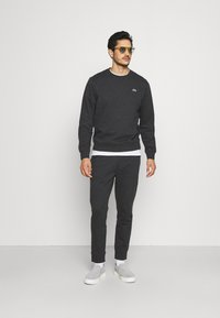 Lacoste - Sweatshirt - gris - 1