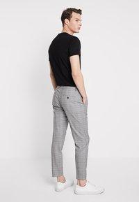 KIOMI - Trousers - light grey - 2