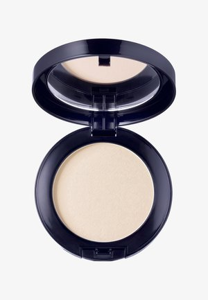 PERFECTING PRESSED POWDER 8G - Poeder - translucent