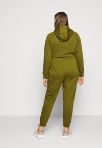 Nike Sportswear - PANT - Tracksuit bottoms - olive - 2