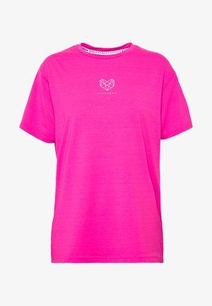 HERON BOYFRIEND - Basic T-shirt - knockout pink