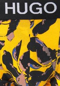 HUGO - TRUNK BROTHER 2 PACK  - Boxerky - medium yellow - 4