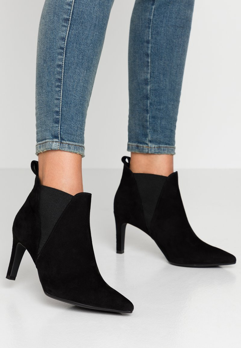 Peter Kaiser Wide Fit - WIDE FIT AIMEE - Ankle boots - schwarz