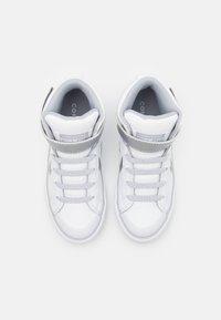 Converse - PRO BLAZE STRAP - Zapatillas altas - white/metallic/gravel - 3