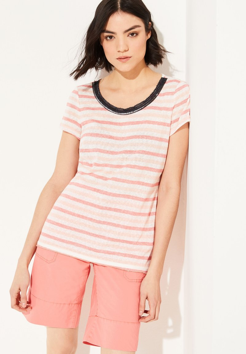 comma casual identity - MIT EMBROIDERY - Print T-shirt - light coral stripes