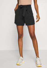 Vero Moda - VMMIA LOOSE SUMMER - Shorts - black - 0