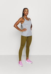 Nike Performance - ONE LUXE - Tights - olive flak/clear - 1