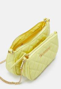 Valentino Bags - OCARINA SET - Across body bag - giallo - 2