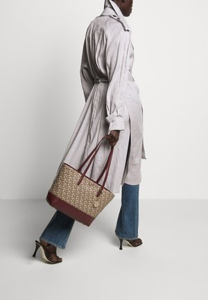 POLLY HOBO SUTTON - Tote bag - chino/aged wine