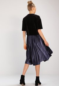 Urban Classics - SHORT KIMONO - T-shirt basic - black - 2