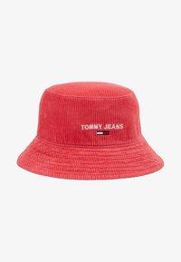 Tommy Jeans - TJW SPORT BUCKET CORDUROY - Beanie - red - 3