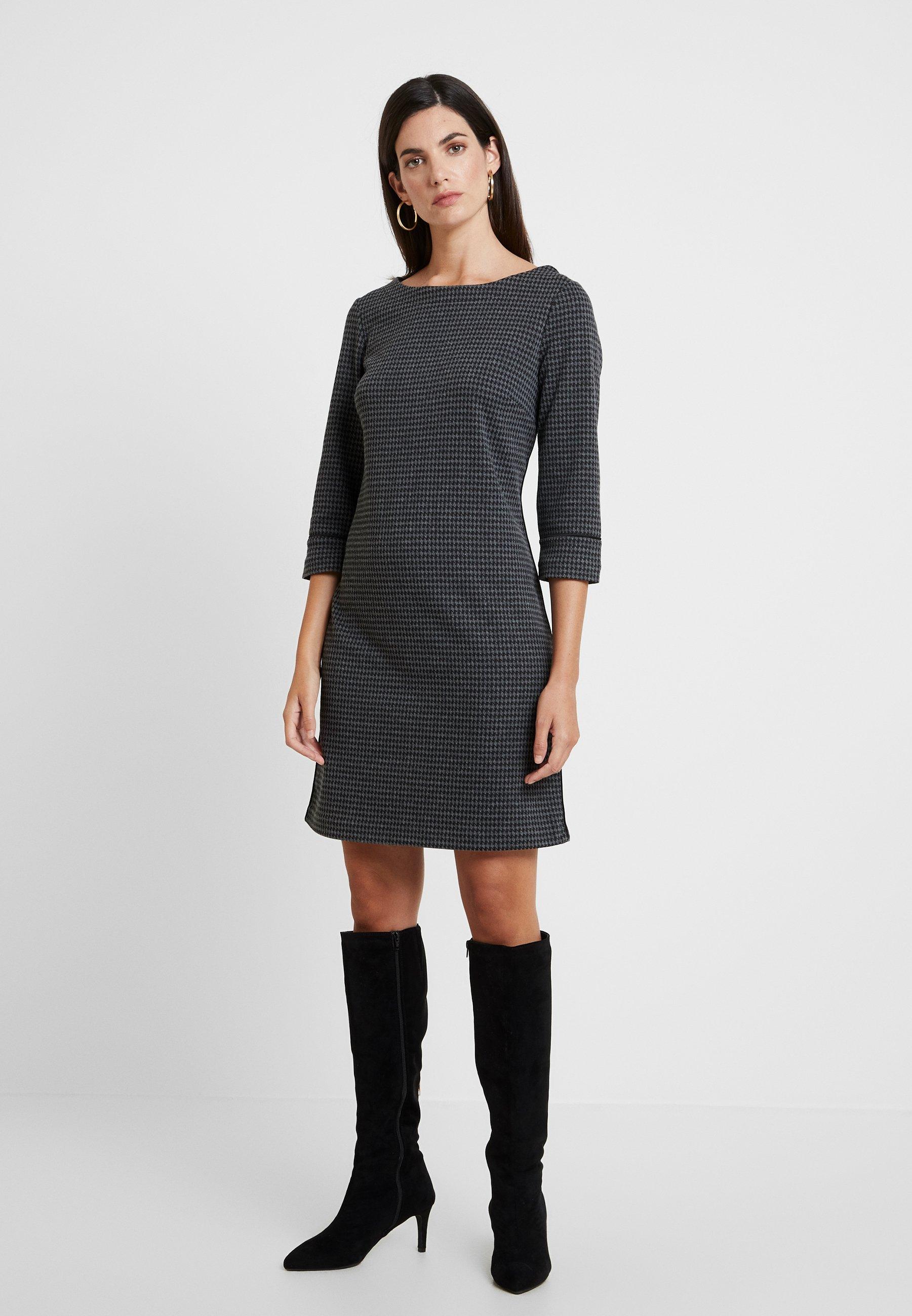 KLEID KURZ - Strickkleid - grey/black