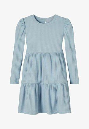 Korte jurk - dusty blue
