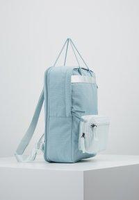 Nike Sportswear - TANJUN UNISEX - Reppu - ocean/ghost aqua/gridiron - 3