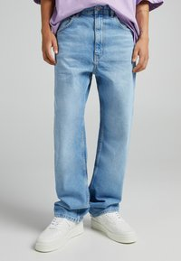 Bershka - TAPERED - Relaxed fit jeans - blue denim - 0