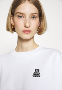 HUGO - DASHIMARA - Sweatshirt - white - 3