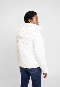GAP - V-MIDWEIGHT NOVELTY PUFFER - Winter jacket - milk - 2