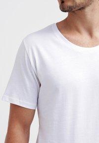 Only & Sons - ONSMATT - T-shirt - bas - white - 3