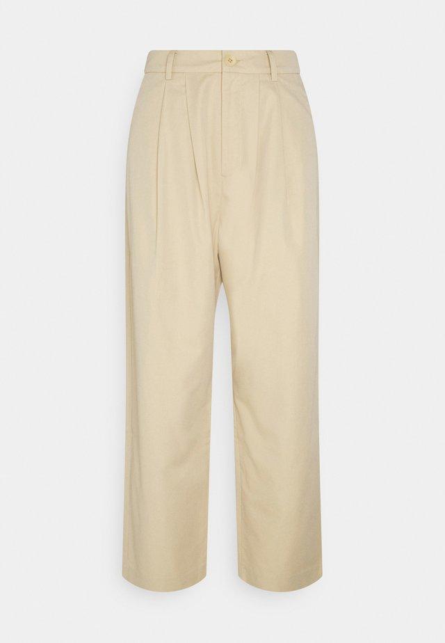 FINA - Pantalones - safari
