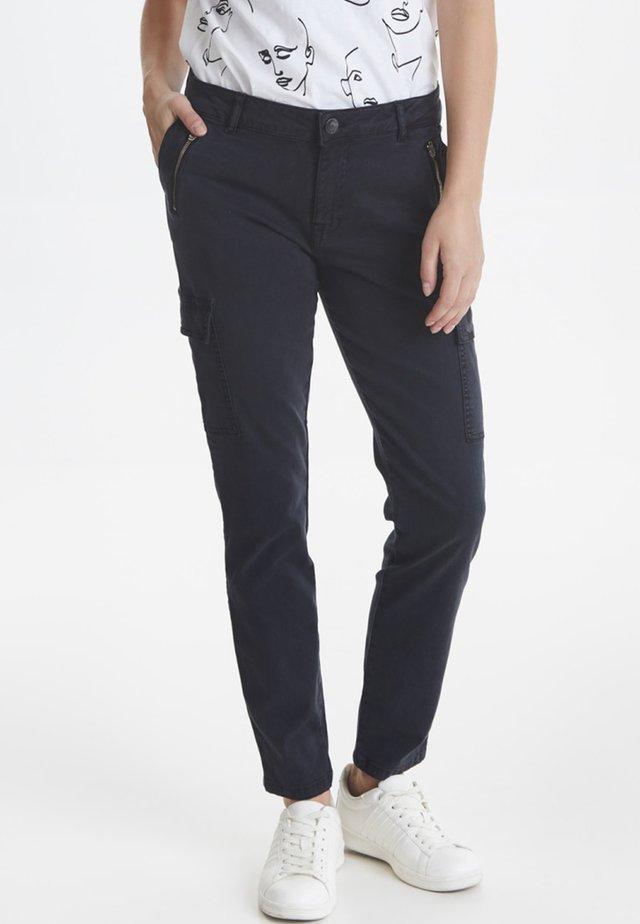 PXELVA - Pantalones cargo - black