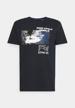 SHORT SLEEVE  - Triko spotiskem - blue night sky
