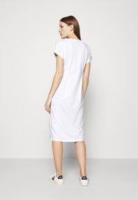 Liu Jo Jeans - ABITO - Žerzejové šaty - bianco - 2