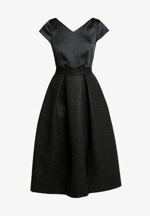 CLOSET GOLD FULL SKIRT V NECK DRESS - Cocktailkjole - black