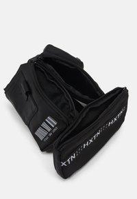 HXTN Supply - UTILITY REFUGE BELT - Bum bag - black - 2