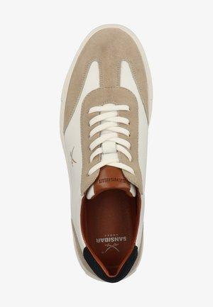 Sneakersy niskie - weiss 11