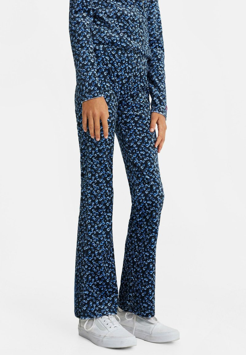 WE Fashion - Trousers - blue
