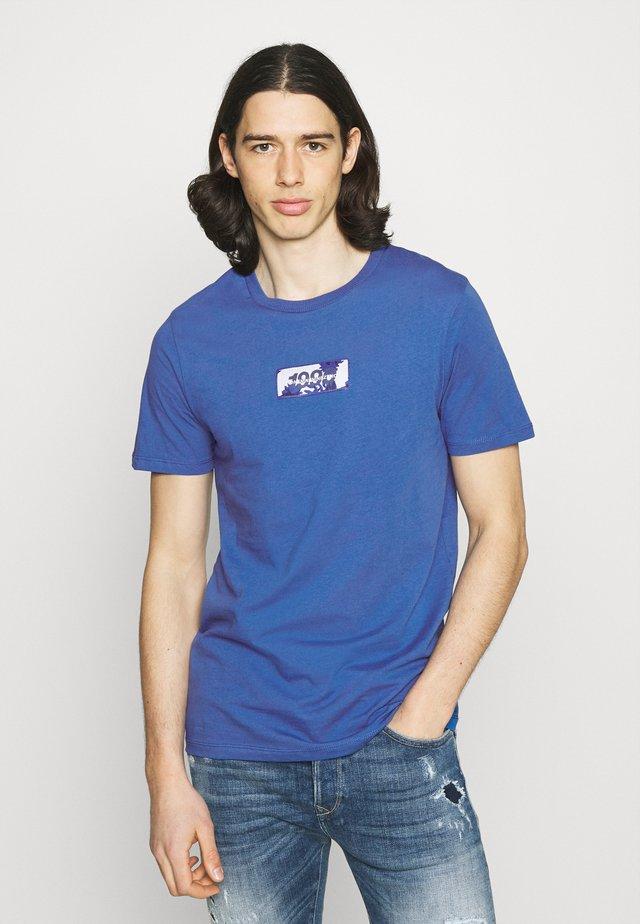 JCOANDY TEE CREWNECK - Print T-shirt - galaxy blue