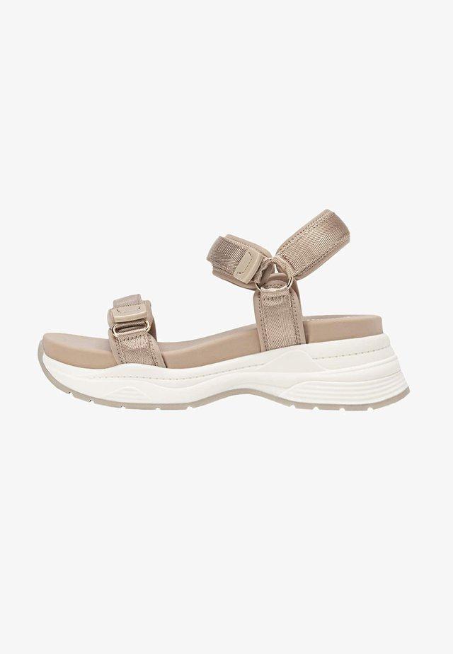 Chodecké sandály - beige